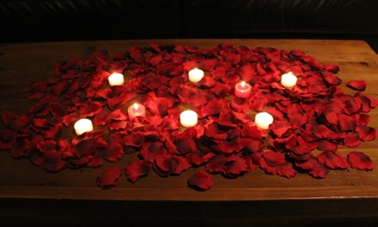 Romance package, 1000 Silk Petals + candles, Dark Red